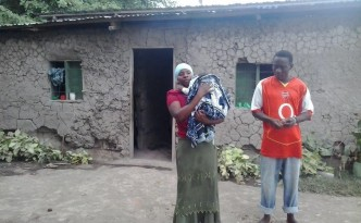 Frank Safieli Msimanje family and their home